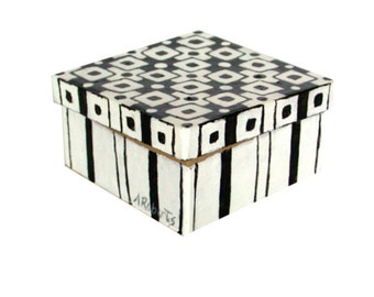 Abstract Black and White Jewelry Gift Box, Hand Painted Box, Graphic Design, Black and White Box