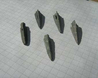 Ancient Bronze arrowheads 5 pieces (76)