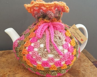 Beautiful Retro Crochet Tea cosy - Includes Teapot!