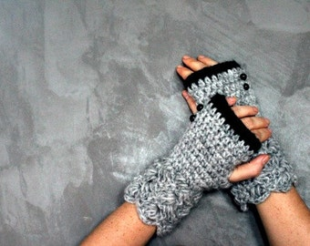 fingerless gloves, grey black gloves, gift for her, texting gloves, crochet gloves knit gloves winter gloves mitts hand warmers, fingerless