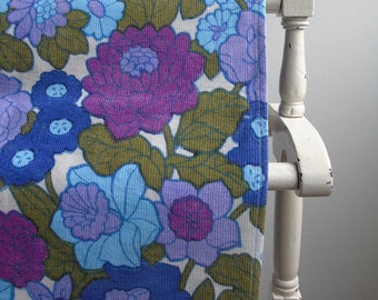 Vintage 60s 70s flower power spring garden fabric in lilac, blue and olive green 85cm wide