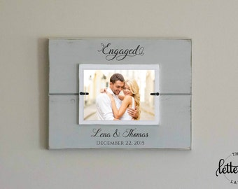 Engaged Picture Frame, Engagement Personalized Photo Frame, Engagement gift, Wedding Shower Display, engagement date keepsake, Custom Frame
