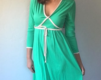 1970s Vintage Emerald Green Dress Size Small
