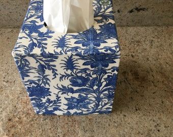 Blue and White all over floral Tissue Box Cover