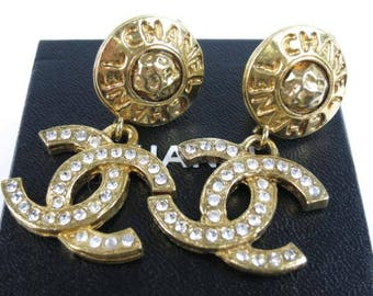SALE Authentic Chanel Rhinestones CC Gold Swing Earrings, Logo, Vintage Clips, Daily Use, Genuine, Beautiful condition, Japanese Market