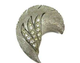 Rhinestone Leaf Brooch, Vintage Curved Leaf Pin, Signed J J Matte Silvertone Pin, Bridal Jewelry, Gift Idea