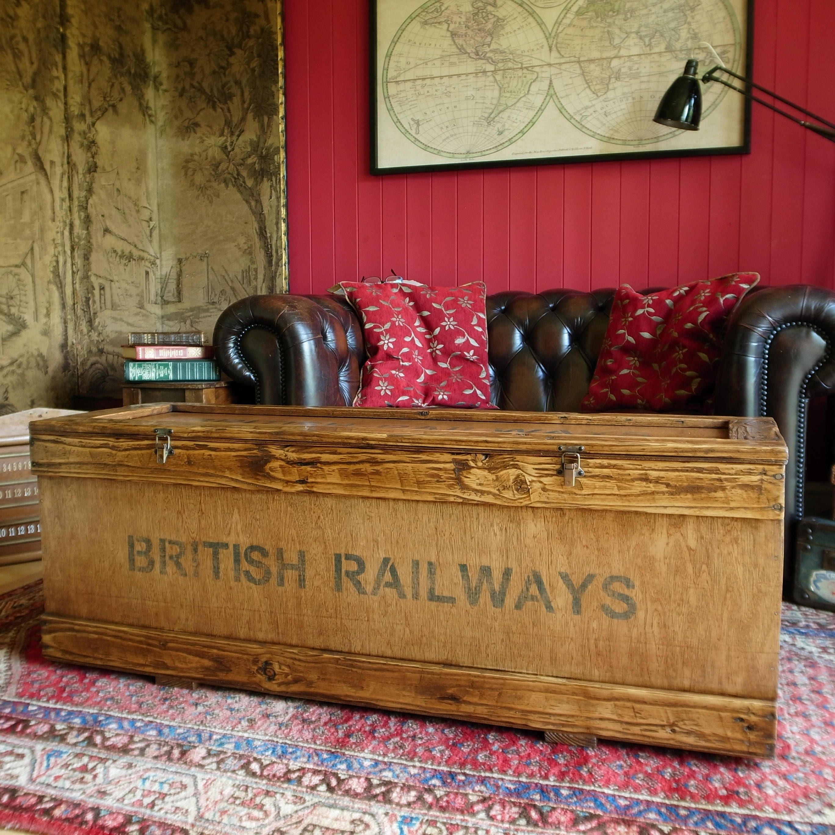 Vintage Industrial Railway Storage Chest Coffee Table Trunk