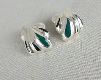 Vintage Taxco Mexico Sterling Silver Puffy Clip Earrings with Black & Green Enamel