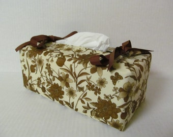 Tissue Box Cover/Brown flower