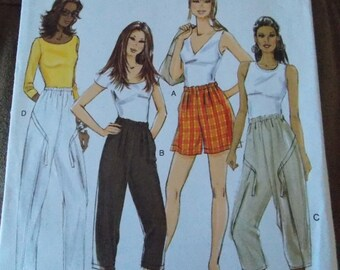 Sewing pattern Butterick 5358 Misses' shorts and pants new uncut size XS to M