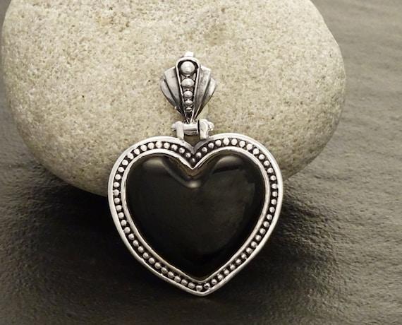 Black Onyx Pendant - Gemstone Pendant - Sterling Silver pendant, Heart pendant, Black Heart, Love, Gothic, Gothic Wedding, Heart Jewelry