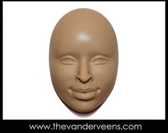 Mold No.102 (Face- African looking with opened eyes) by Veronica Jeong