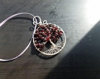 Garnet wire tree ornament