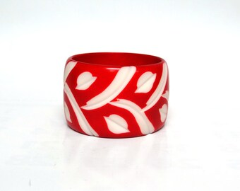 Vintage Bangle, Bracelet ,antique jewelry, red