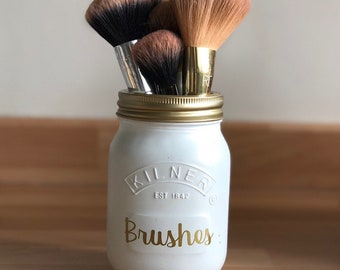 Handamde makeup brush holder *Available in different colours*