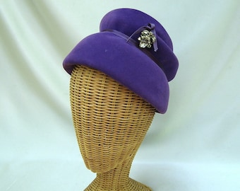 Vintage Ladies Hat Purple Velour Toque Henry Pollak