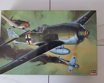 Hasegawa Hobby 1/32 Scale Kit Focke-Wulf Fw190-Scale Model-Model Airplane-Model Airplane Kits-Model-Kits-Model Kits-Plastic Model Kits