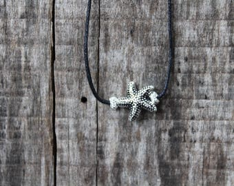 "Women's Starfish Choker Necklace - 16"" adjustable"