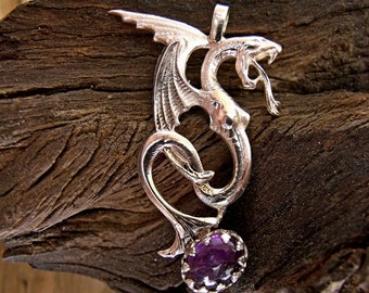 Dragon Pendant with Amethyst Cabachon in Sterling Silver RF178