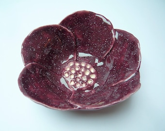 Cup flower in shades of plum speckled ceramic handmade