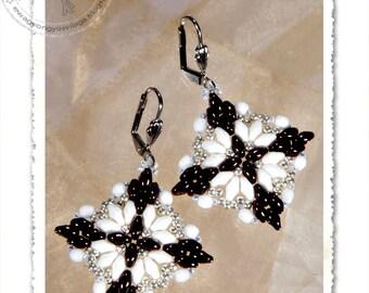 Loretta beaded earrings PDF pattern