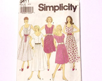 Simplicity 8411, Women's Dress Pattern, Summer Dress Pattern, Size 6 - 10, Vintage Uncut Pattern