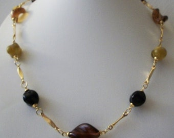 ON SALE Vintage 60s Gold Tone Wavy Molded Plastic Beads Necklace 112216
