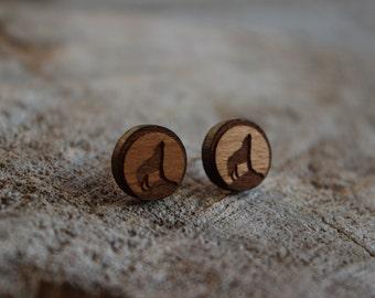mignonnes puces en bois loup // cute studs earrings wood wolf (bo-1062)