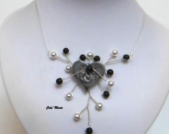 Black and white heart wedding necklace Co344