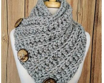 Instant Download Crochet Pattern PDF, Crochet Cowl Pattern, Harbour Bay Button Cowl, Crochet Cowl, Chunky Crochet Cowl, Crochet Button Cowl