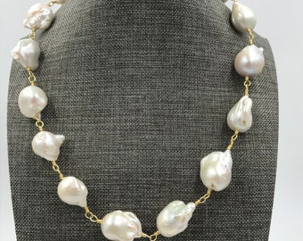 Handwired Graduated Baroque Pearl Necklace with magnetic clasp Luminous color, Wedding Jewelry, Bridal