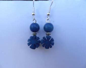 Dark blue fancy cut earrings