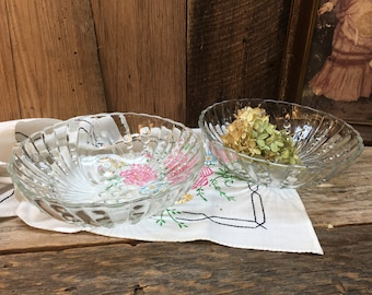 Anchor Hocking Glass Bowls/Burple/Bubble/Footed/Set of Two