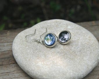 Earth and Moon Earrings, earth earrings, moon earrings, solar system earrings, space earrings, celestial earrings