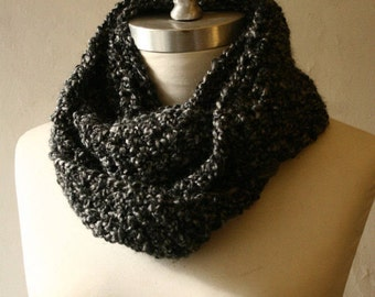 The Signature Series Infinity Scarf (Mini) | Charcoal