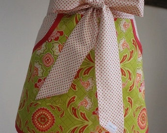 Green/Red/Coral/White Half Apron - Personalized Apron - Baking Apron - Hostess Apron - Waitress Apron - Cute Apron - Bridesmaid Gift - Apron