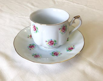 Cup and saucer, floral pattern cup and saucer, teacup and saucer, coffee cup, Ftd Japan cup and saucer, Cat no 202