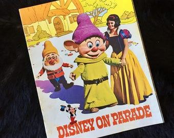 1971 Disney On Parade  Australasian Tour Performance Show Program - Disneyland Production