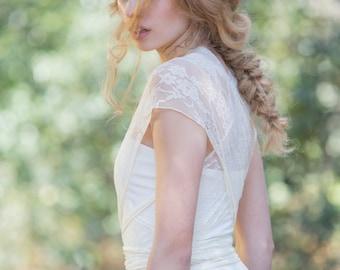 Bridal gown, lace wedding dress, whimsical wedding dress, custom made bridal gown, weddings, brides, marriage, romantic dresses bridal dress