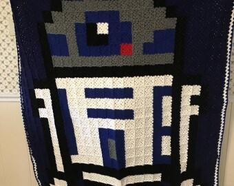 8-Bit R2D2 Blanket