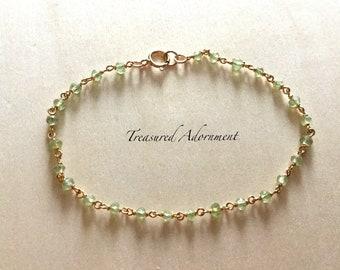 14K Gold filled peridot Bracelet, peridot Bracelet, Wire Wrapped Bracelet, bridal bracelet, Dainty Bracelet, Birthday gift, Xmas gift