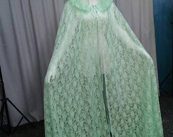 Mintgrün Spitze Hochzeit Mantel, Mint Spitze Kap, Spitze Elfen Umhang, schottische Witwe Kapuze, Fae Kostüm