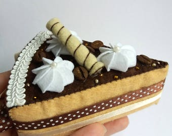 Felt chocolate cake Needle felted food Felt cake needle Felt play food Felt cake Felt dessert Felt cupcakes Food for dolls