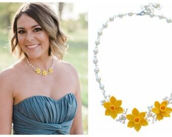 Trio Yellow Daffodil Vine Necklace. Yellow Flower vine necklace. Daffodil Jewelry