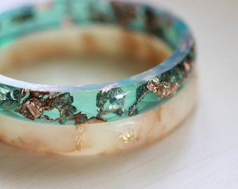 Resin Bangle Aqua - 6.5 cm resin faceted bangle with copper flakes inside, rose gold,aqua bangle