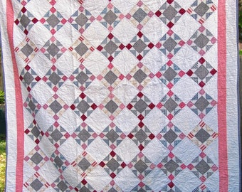 King's Crown Antique Quilt in Darks and Shirtings