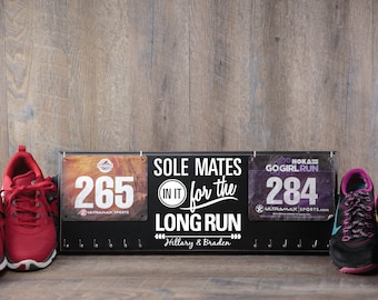 Gift for runners - couple - race bib and medal holder - personalized