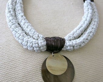 Rope necklace shell pendant necklace