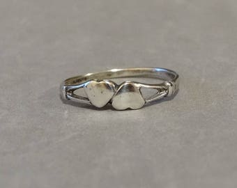 Vintage Small Sterling Silver Heart Ring Band Cute Gift for Love Sweetheart Wife Daughter Size 7.5 Marked 925
