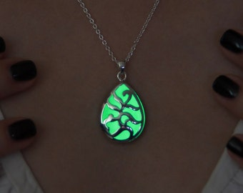 Gift for wife - Glow in the Dark Necklace Green Drop - Glowing Pendant - Glow in the Dark Pendant - Glowing Jewelry - Magical - Drop Pendant
